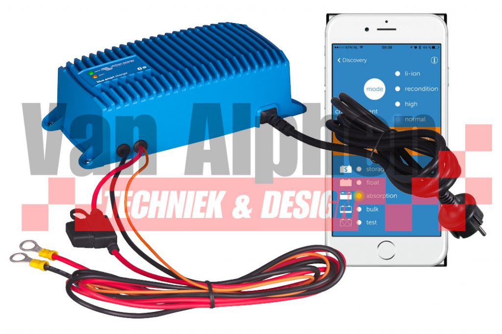 Blue-Smart-Charger-IP67-with-DC-fuse-holder.jpg